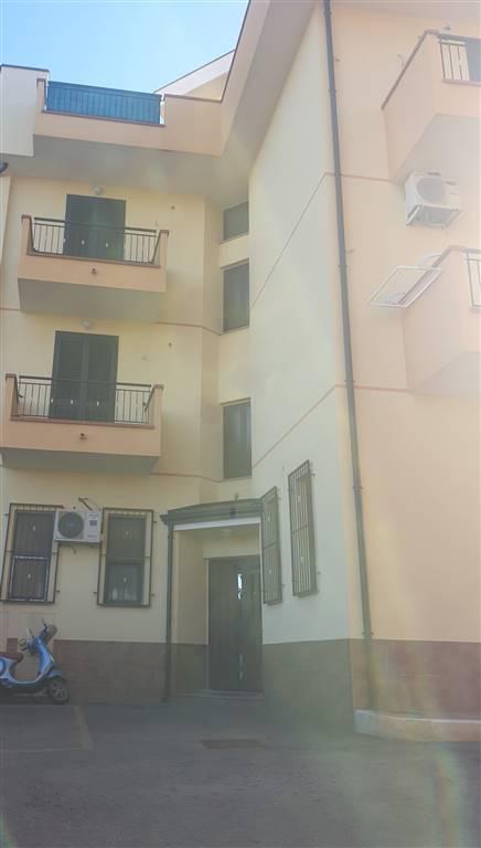 2037 – Appartamento a TORRENOVA